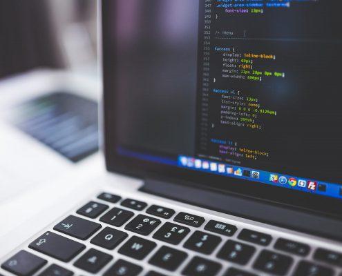 Hardware und Software Lösungen wie dieser Computer